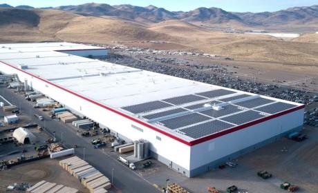 松下CFO证实:正研发原型生产线准备为特斯拉生产4680电池