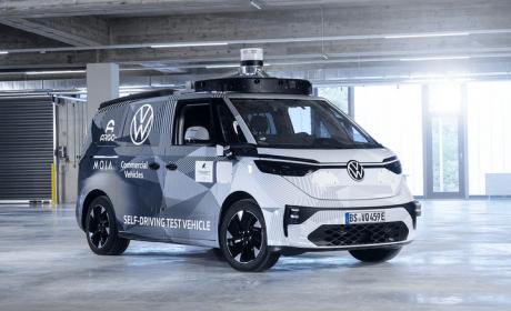 大众ID.BUZZ自动驾驶原型车亮相慕尼黑车展 可精准避让400米外横穿行人