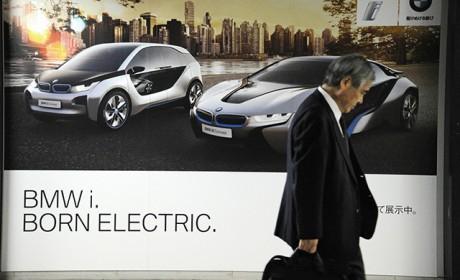 日本打算十年后完全禁止销售汽油车 但国内汽车巨头吵翻了