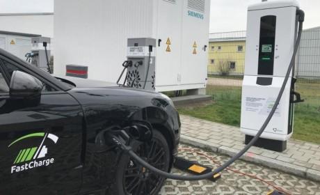 保时捷新一代电动汽车每充电3分钟可多行驶100公里