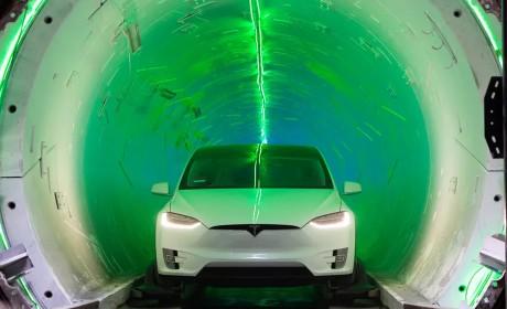 马斯克隧道挖掘公司:特斯拉电动汽车在地下隧道中速度完爆地面