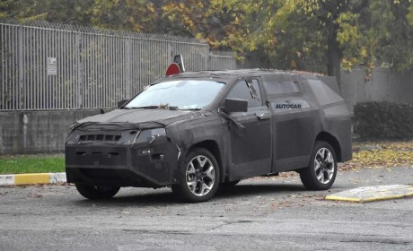 Jeep指南者推七座版车型?Grand Compass或将成为可能