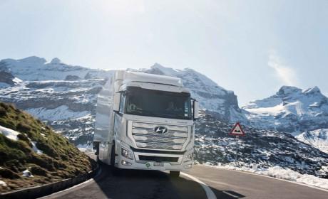 现代汽车氢燃料电池重卡XCIENT在瑞士累计行驶突破100万公里