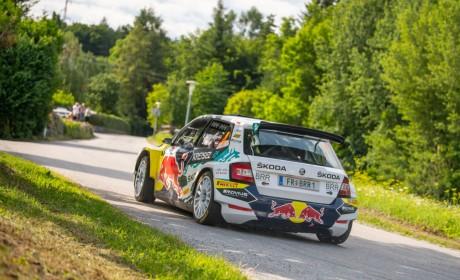斯柯达RE-X1 Kreisel纯电赛车首度征战拉力赛场 15分钟充电至80%